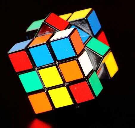 colorful-concentration-cube-54101-1