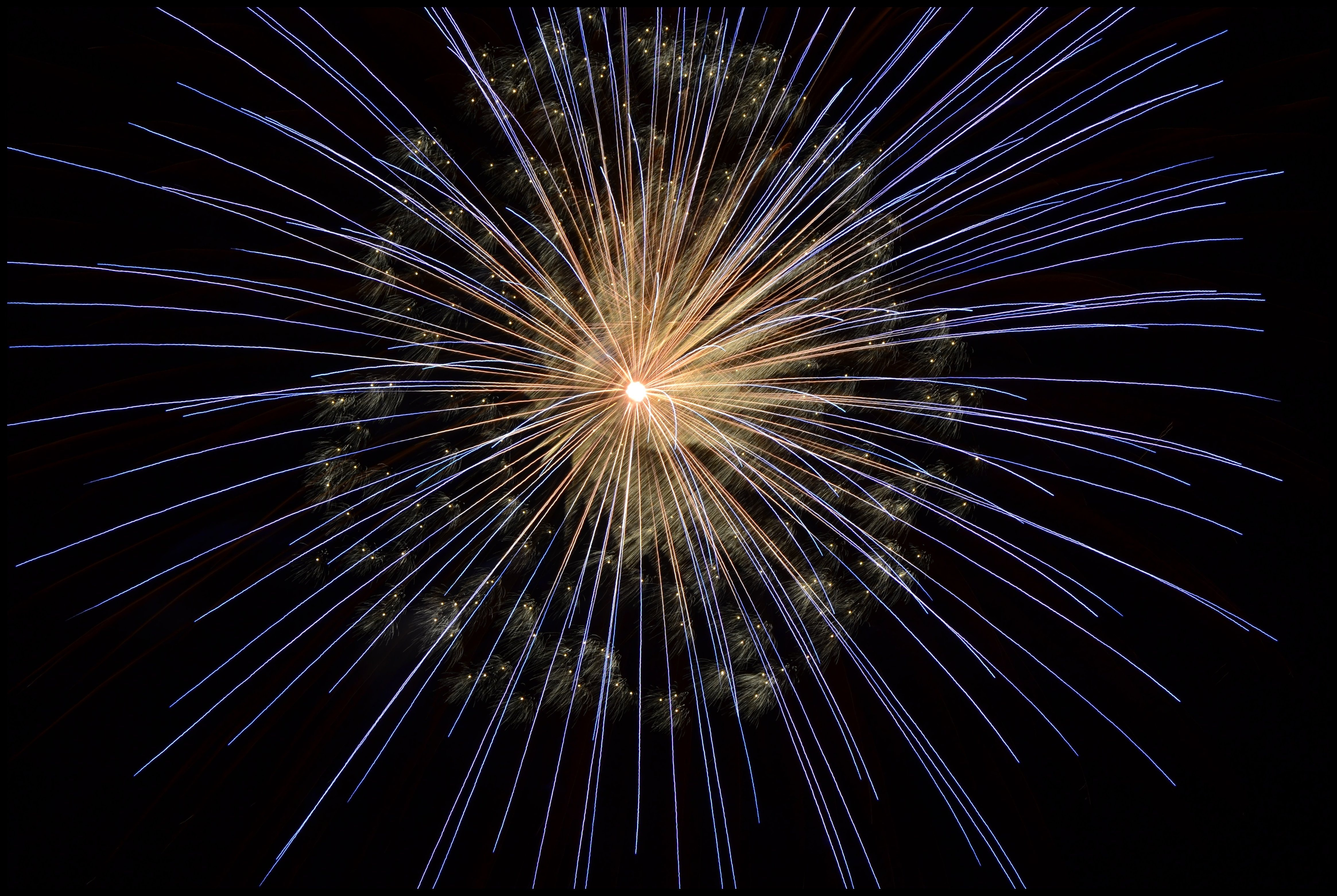 fireworks-new-year-s-eve-bright-light-67573.jpeg